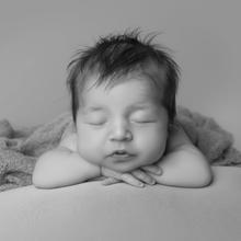 Newborn Photo Sample 2019-01-18