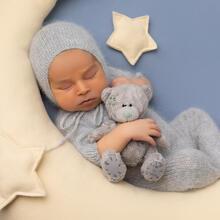 Newborn Photo Sample -- 2021-08-26